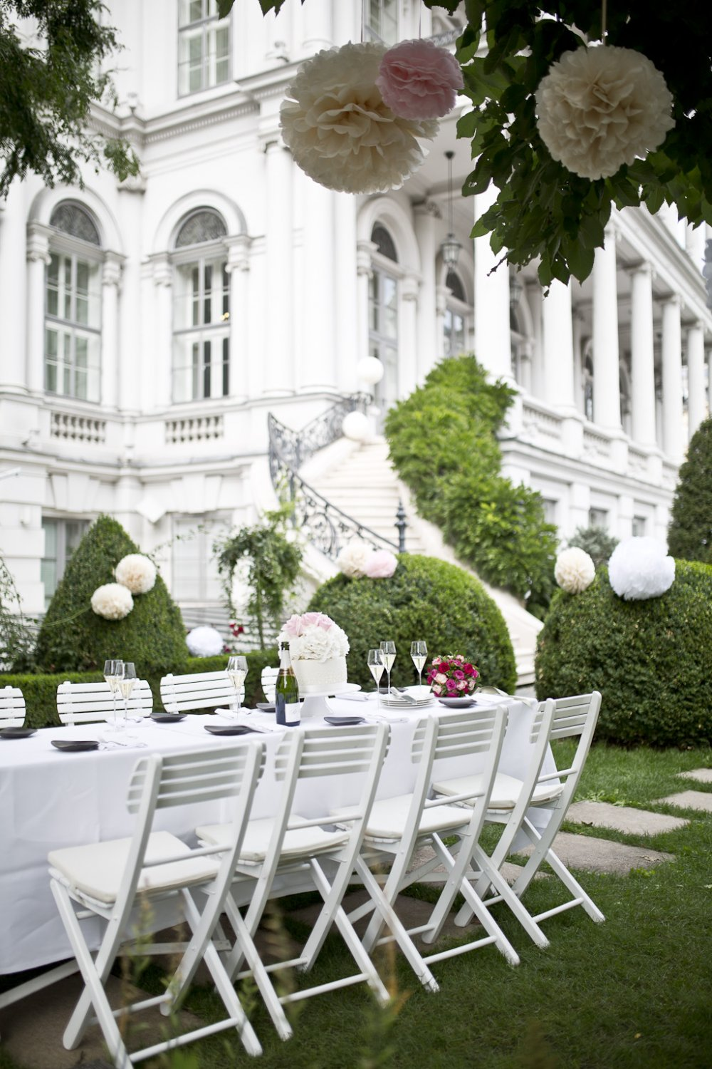 luxury wedding vienna austria palais coburg garden wedding