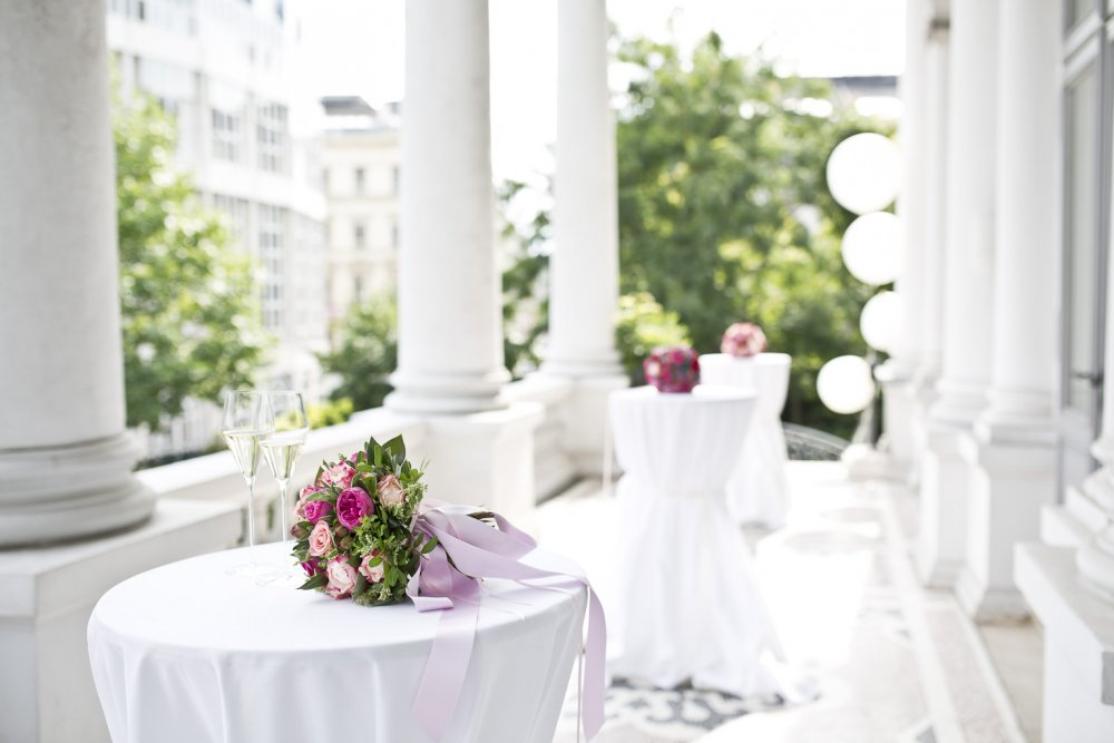 luxury wedding vienna austria palais coburg terrace