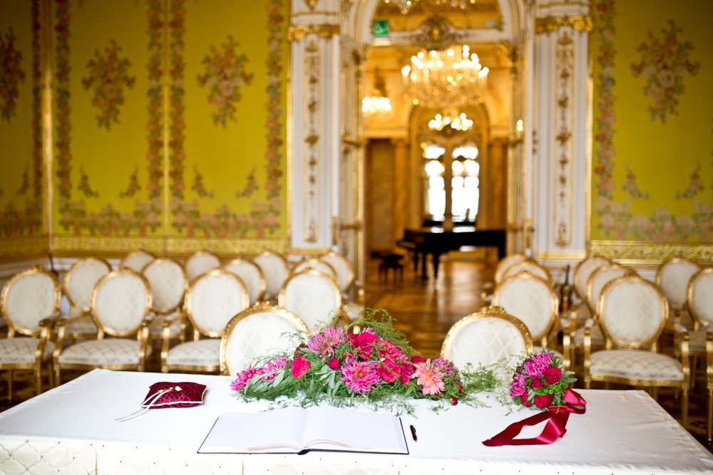 luxury wedding vienna austria palais coburg state rooms ceremony