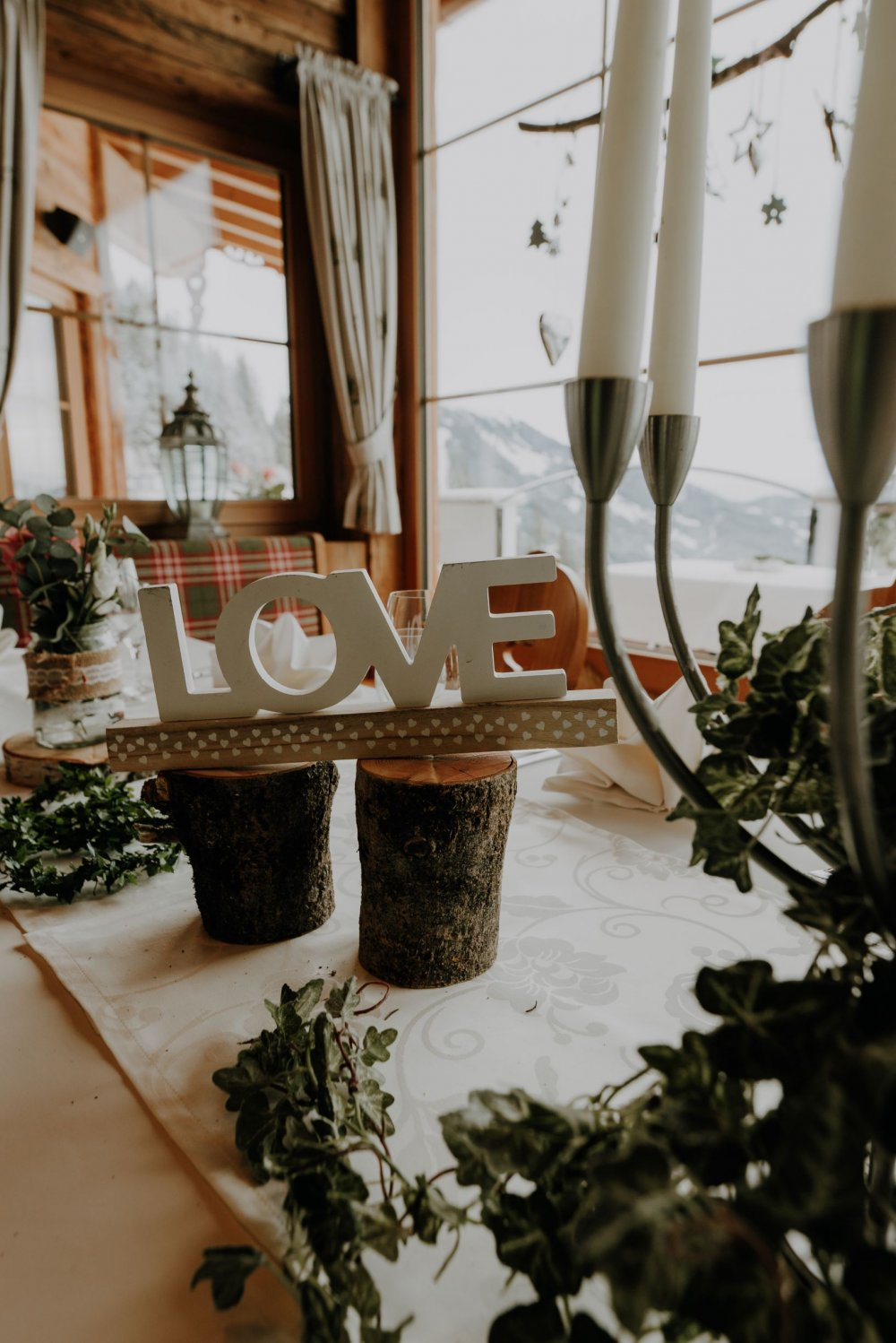 mountain wedding zillertal tyrol Love sign