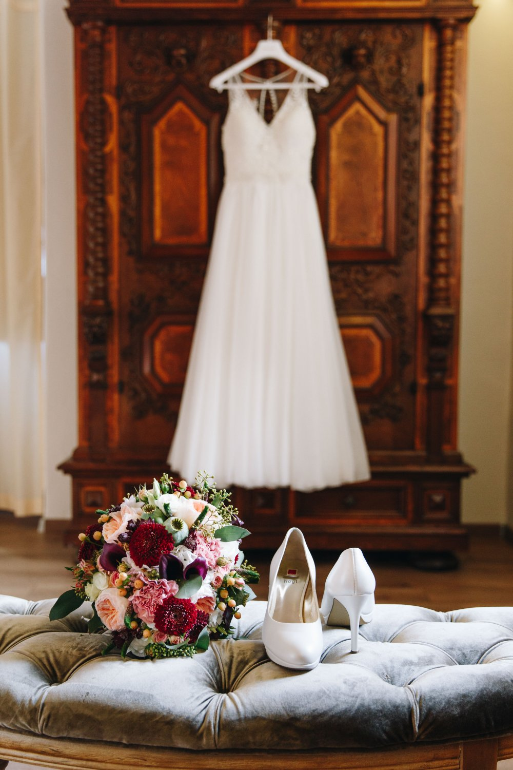 Salzkammergut Wedding Schlosshotel Mondsee wedding dress