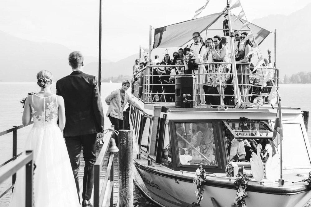 Salzkammergut Wedding Schlosshotel Mondsee boat bw