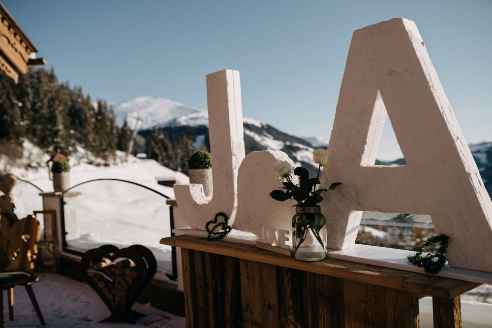 mountain wedding zillertal tyrol Ja sign