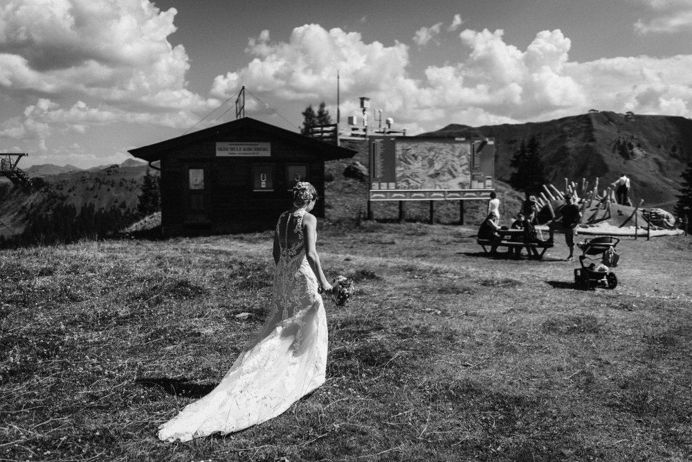 mountain wedding kitzbuehel austria couple bw