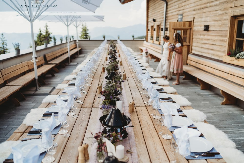 mountain wedding kitzbuehel austria table decor