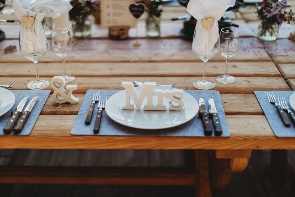 mountain wedding kitzbuehel table mrs