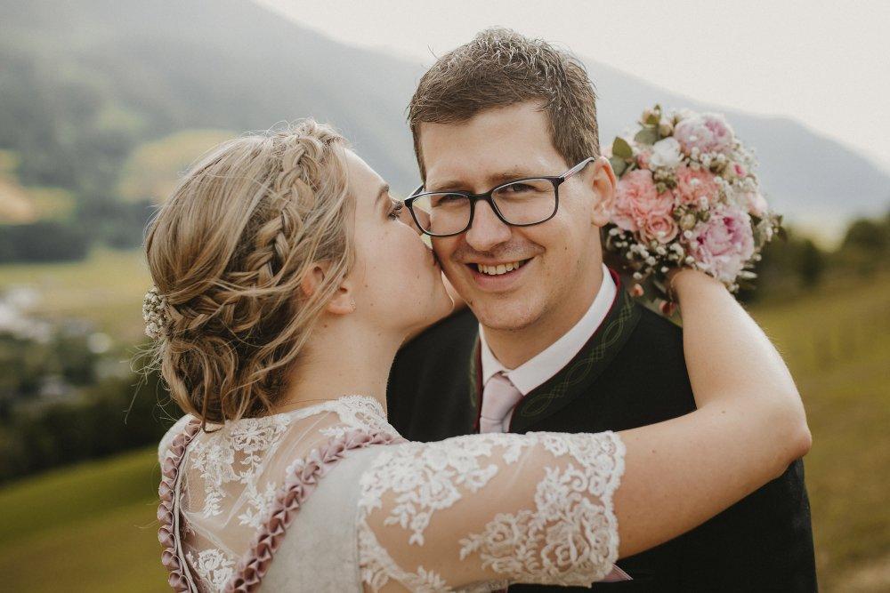 Castle wedding Austria Alps Schloss Mittersill bussi